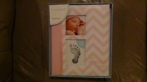Pearhead First 5 Years Chevron Baby Memory Book with Clean-Touch Ink Pad New
