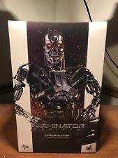 Hot Toys Terminator Genisys Endoskeleton ~ 1/6 Figure MMS 352 ~
