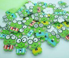 100Pcs Frog Random Mixed Cute Cartoon Wood Sewing Buttons DIY Scrapbooking