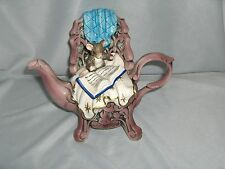 """Vintage San Francisco Music Box Co. Mouse Reading Boo Teapot Bed """"Love Story"""""""