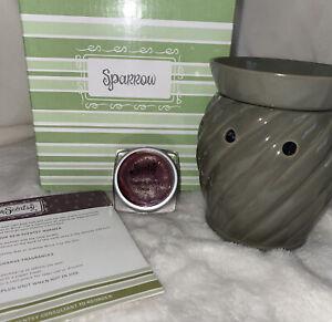 "Scentsy ""SPARROW"" Wax Warmer Earth Color GREEN Ceramic ~ Retired RARE Free Wax"