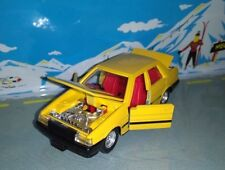 Tomica dandy japan 1/43 no. 36 toyota corolla sedan
