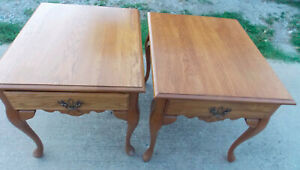 Pair of Solid Oak End Tables / Side Tables by Kincaid  (T577)