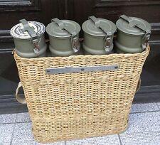 Älterer original schweizer Armee 4 Munitionsbehälter im Flechtkorb