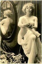SEMI NUDE FEMALE POSING BY MIRROR & ORIGINAL VINTAGE ART PHOTO