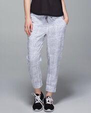 LULULEMON Tearaway Pant Dottie Dash White Black Sz 8 Retail $108 Snap Sides EUC!