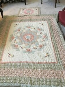 "PINK AND GREEN FLORAL PATCHWORK QUILT-QUEEN SIZE 83"" X 65"""