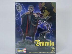 Revell  85-6517 Dracula Model Kit 1/8
