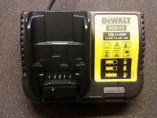 DEWALT Chargeur rapide DCB113 10,8-18,0 V 3,0 Ah Successeur de DCB100 DCB112