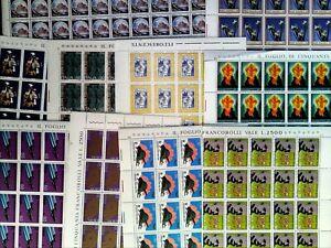 Blocco 10 fogli interi francobolli Italia come da foto nuovi con gomma integra