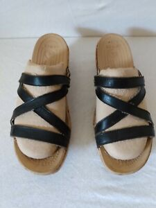 Womens size 10 Crocs A-Leigh Mini Wedge Black leather Sandals