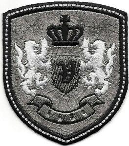 Argent Noir Glycine Lion Couronne Armoiries Crest Lettre V Broderie Patch