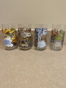 4 McDonalds 1981 The Great Muppet Caper Collector Glasses Never Used