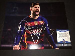 Gerard Pique Signed 11x14 Photo Barcelona Champions Beckett #2