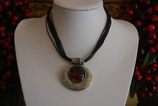 LIA SOPHIA BOLD RUNWAY STATEMENT NECKLACE SILVER TONED PENDANT FAUX AMBER STONE