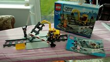 Lego City 7936 Level Crossing - 100% complete with box & instructions