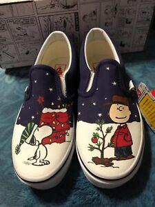 Vans Classic Slip On  (peanuts tree) Charlie Brown Snoopy Christmas Kids 1.5