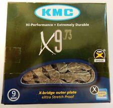 CHAINE NEUVE KMC X9.73 POUR 9 VITESSES COMPATIBLE SHIMANO + ATTACHE RAPIDE