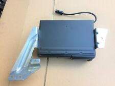 2004 AUDI TT MK1 6 CD MULTI CHANGER INC BRACKETS & CARTRIDGE