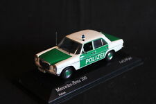 Minichamps Mercedes-Benz 200 1:43 Polizei (JS)