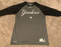New York Yankees Dry Fit Nike Medium Three-Quarter Sleeve