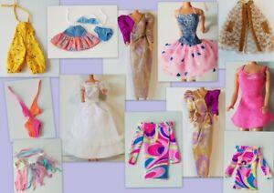 Barbie Vêtements robes jupes pantalons tops vestes etc...  AU CHOIX