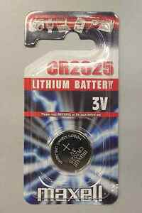 2 x Maxell CR2025 - 3v Lithium (2025)