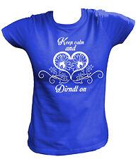 Damen T-Shirt - Keep calm and Dirndl on - Oktoberfest Dirndl Tracht Wies´n Sexy