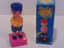 SQUIRTING WEE BOY - Pull Pants Down Pee Joke Prank Squirt Water Gag Gift Toy