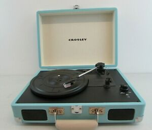 CROSLEY PORTABLE TURNTABLE FOR 33, 45, 78 RECORDS IN TURQUISE     #NSDC#