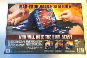 BATTLESHIP - The Classic Naval Combat Game! MILTON BRADLEY 2002! NEW SEALED