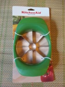 KITCHENAID FRUIT SLICER  GREEN     ~NEW WITH TAGS~