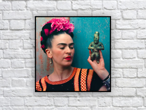 Frida Kahlo with Olmec figurine (1939), Vintage Photograph Print / Wall Decor