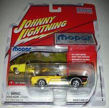 Yellow 1971 Plymouth Barracuda Convertible Mopar or No Car #6 Johnny Lightning
