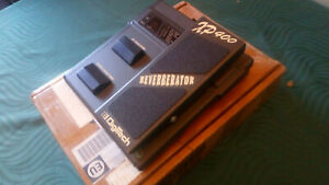 DIGITECH XP400 Reverberator Effect Pedal -->Superb boxed condition<--