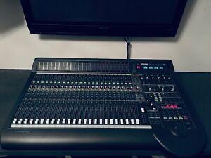 Mackie D8B 72 Kanal Digital-Mischpult total Recall, 24x analog, 3x ADAT, TFT Mon