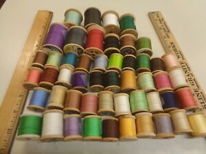 50  VINTAGE WOODEN  SPOOLS SEWING  THREAD MIXED LOT OF  COLORS SIZES MAKERS
