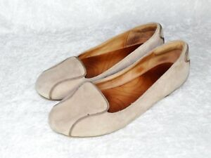 Clarks Womens 6 M Valley Relax Flat Leather Suede Mushroom Gray Loafer Shoe