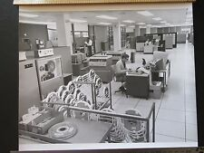 """Lot25 - 1972 NEW COMPUTER AIDS WEATHER FORECASTING Met Office 12x10"""" PHOTO"""