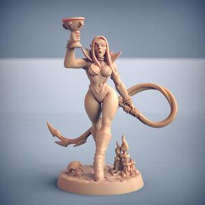 Vampire Pinup Maligna - Artisan Guild Fantasy Dungeons and Dragons Miniature