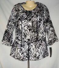 Women's Black & White Jacket Blazer Size 1X NWT