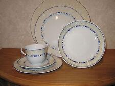 GUY DEGRENNE *NEW* NOHARA Set 4 assiettes + 1 tasse avec soucoupe