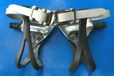 VINTAGE SHIMANO PEDALS WITH TOE CLIPS & NEW WHITE LEATHER STRAPS,IN EXC CON