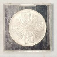 Dated : 1953 - One Crown - Five Shillings Coin - Queen Elizabeth - Great Britain