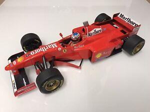 1/18 Minichamps Ferrari F310b Michael Schumacher
