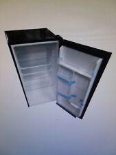 3.2 cu ft compact refrigerator