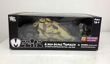 """Mezco Mezitz PX The Dark Knight Rises 2"""" Batman & Bane Figures w/ Camo Tumbler"""