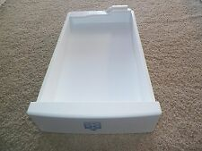 WR30X10052 GE REFRIGERATOR ICE TRAY ASSEMBLY