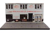 Diorama présentoir station service Ozo abandonée - 1/43ème - #43-2-C-C-004