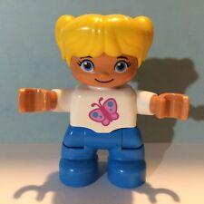 LEGO DUPLO Figur kleines Mädchen blaue Hose weißer Pullover NEU